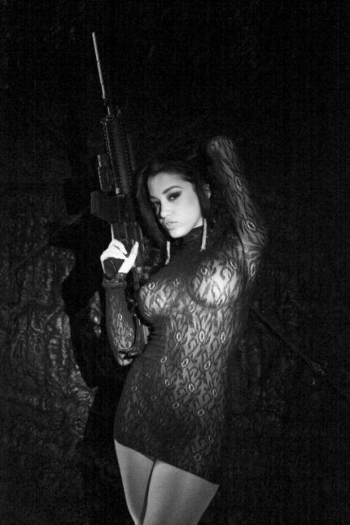guns-02